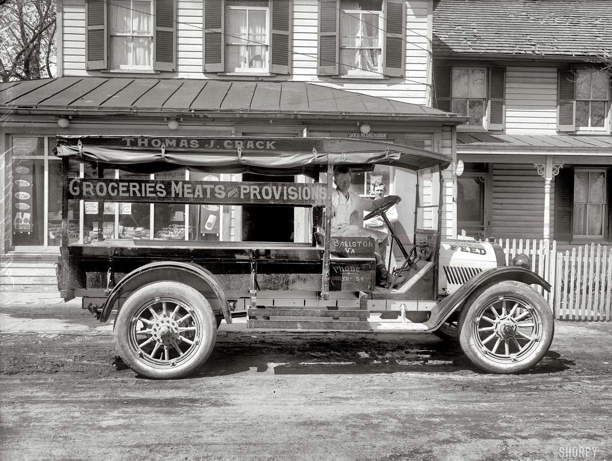 Грузовые автомобили начала 20-го века на снимках американских фотографов (10)