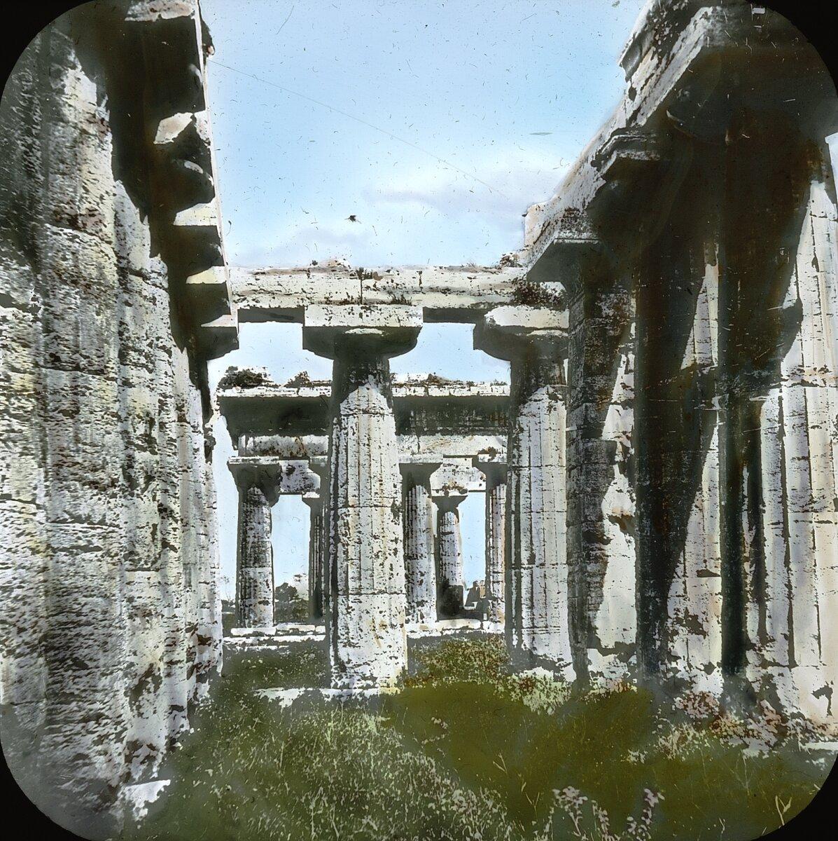 Пестум. Храм Геры. Базилика.