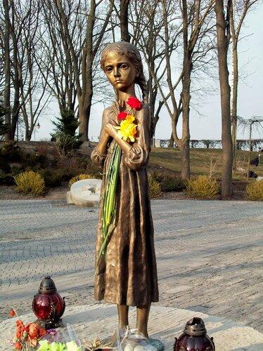 Киев.Голодная девочка