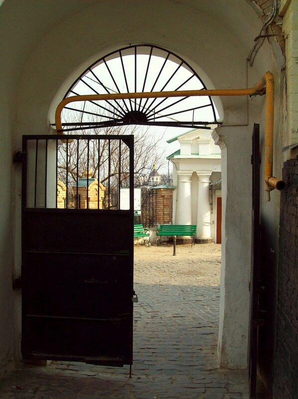 Успенские врата