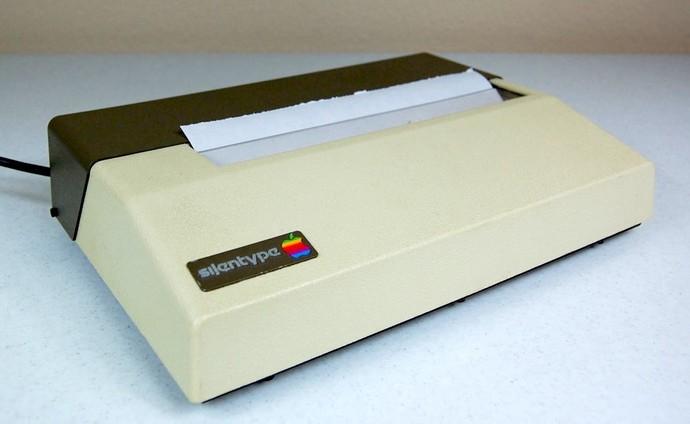 Печатные устройствакомпания Appleстала выпускать очень давно, ипроизводила их даже дольше, чем iP