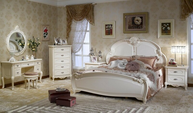 Classic-Touches-and-Neutral-Colors-in-the-French-Style-Bedroom-Furniture-18[1].jpg
