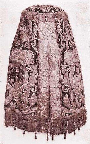 Бархатный чехол для свитка Торы. 17 в. Джуиш энциклопедия (1901–1912).
