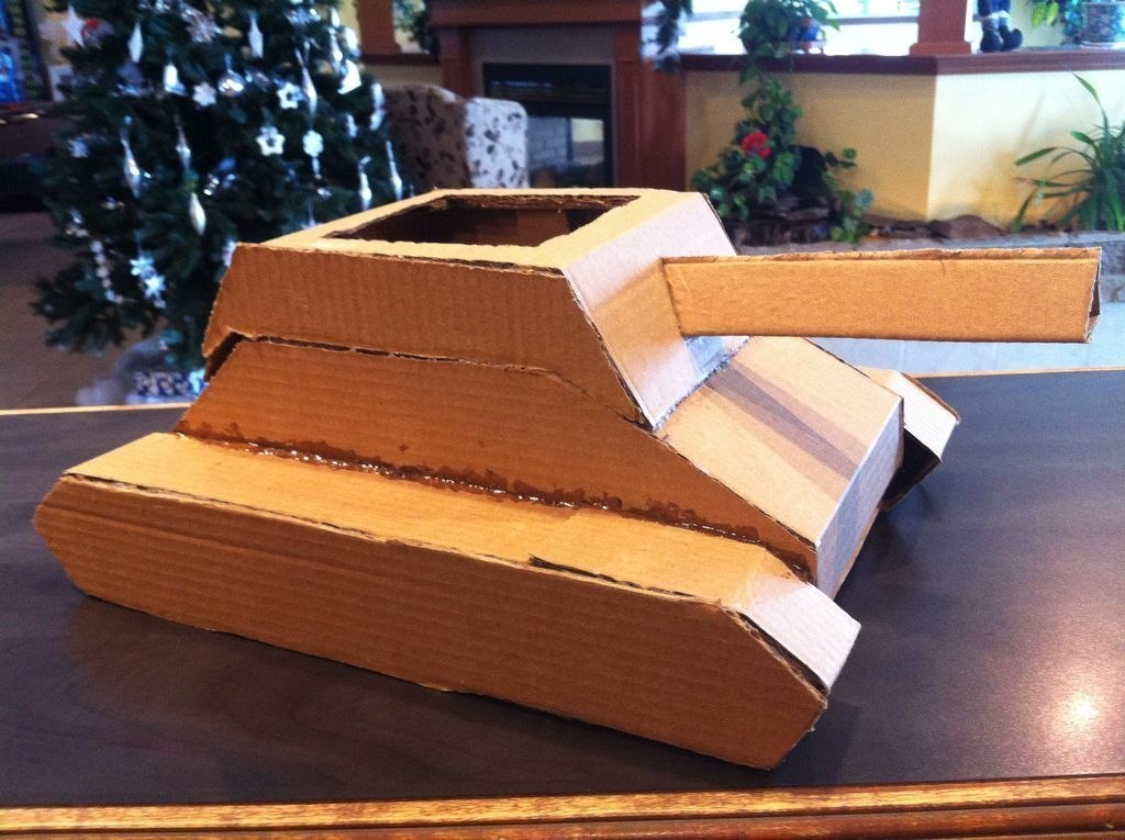 Как сделать танк из картона своими руками