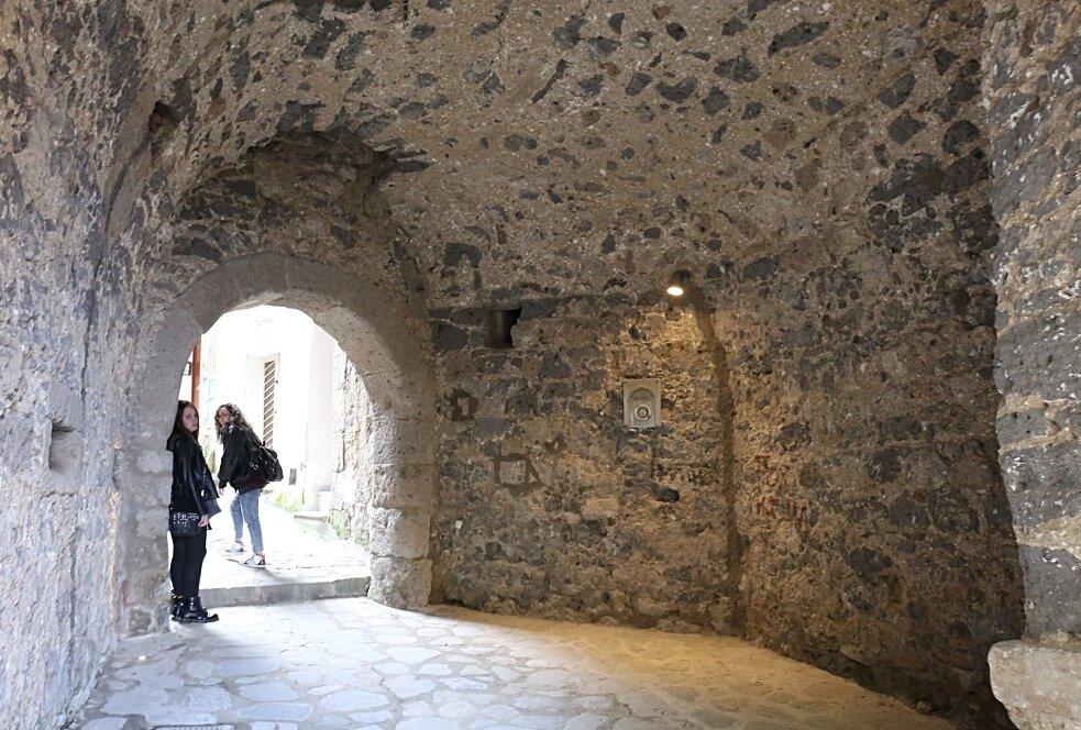 Сорренто. Ворота Марина-Гранде (Porta di Marina Grande)