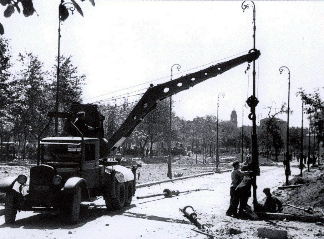 1947. Цветной бульвар