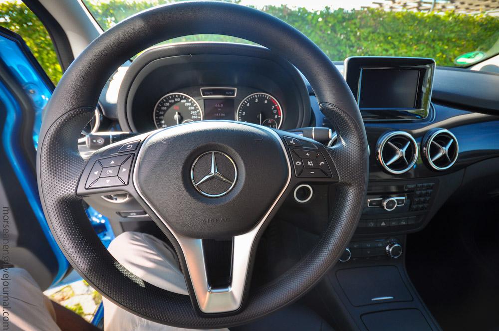 Mercedes-(8).jpg