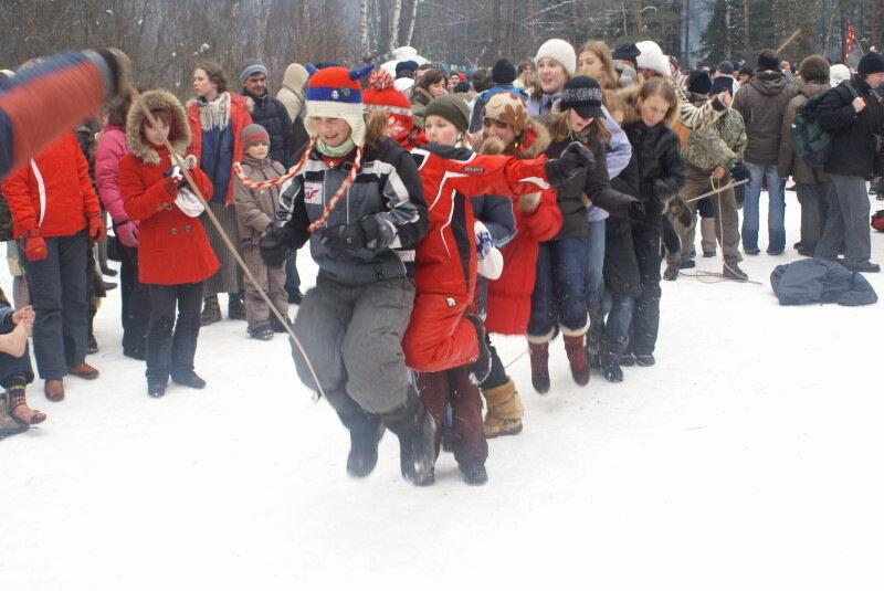 Масляница от Рождественки. 2009 г. Скакалка