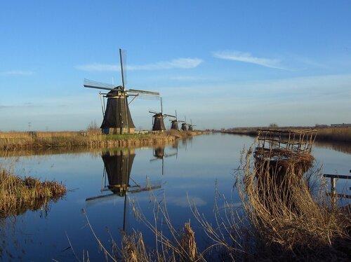 Ветряные мельницы в Киндердейке (Нидерланды)