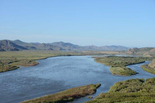 Приток Селенги в Байкал по большей части формируется на территории России, но строительство ГЭС в её монгольских верховьях повлияет и на реку, и на озеро. Вопрос в том, какова будет степень влияния и как её можно нивелировать
