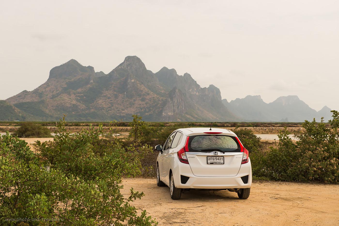 Фотография 21. За рулем арендованного автомобиля Honda Jazz мы проехали по Таиланду около 2500 км. Вид ссзади