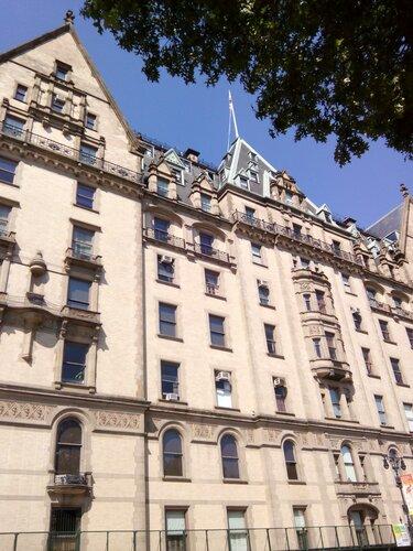 Нью-Йорк. Дом, где жил Джон Леннон