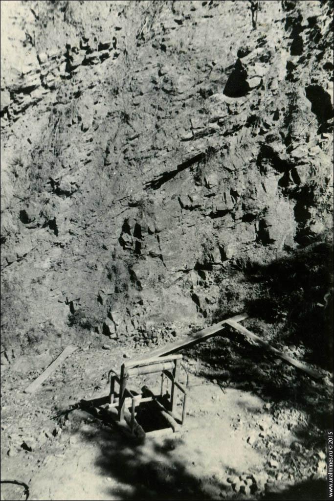 Мало-Седельниковское месторождение родонита. Большая орлецовая копь