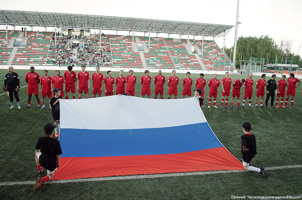 Лето. Арт-футбол. Россия-Эстония. 10.06.15.46..jpg
