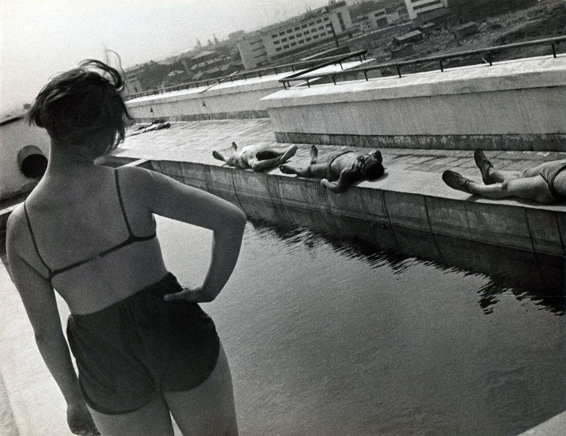 1932. Утренняя гимнастика в студенческом общежитии в Лефортово