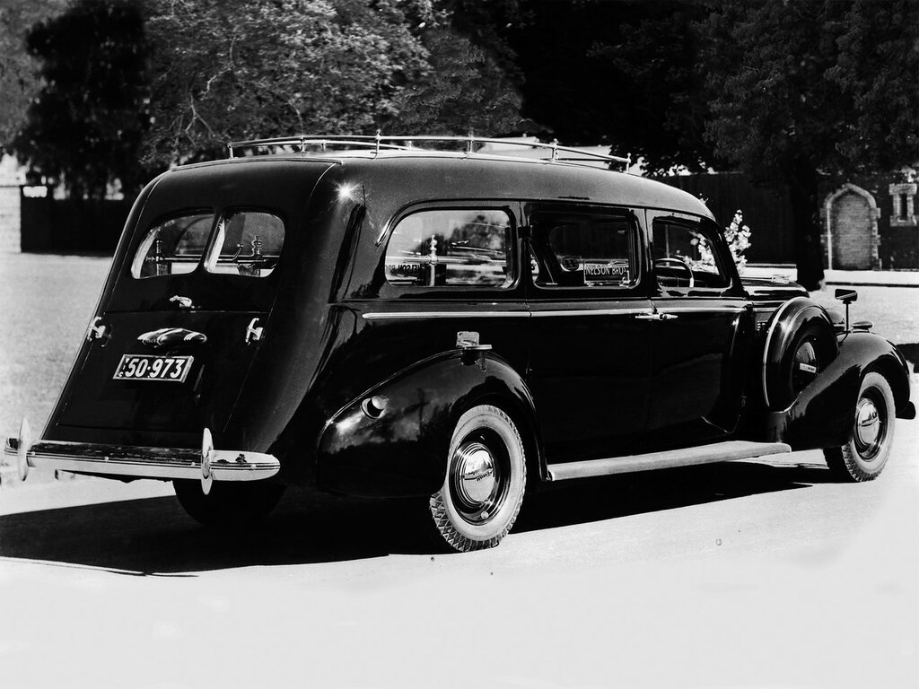 Buick Hearse AU-spec '1937 1.jpg