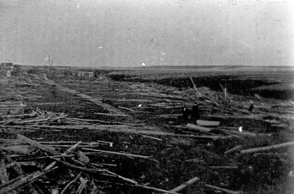499372 Деревня Чагино сметена ураганом Стриженов М.Б..jpg