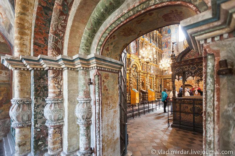 Северные врата Ильинской Церкви в Ярославле