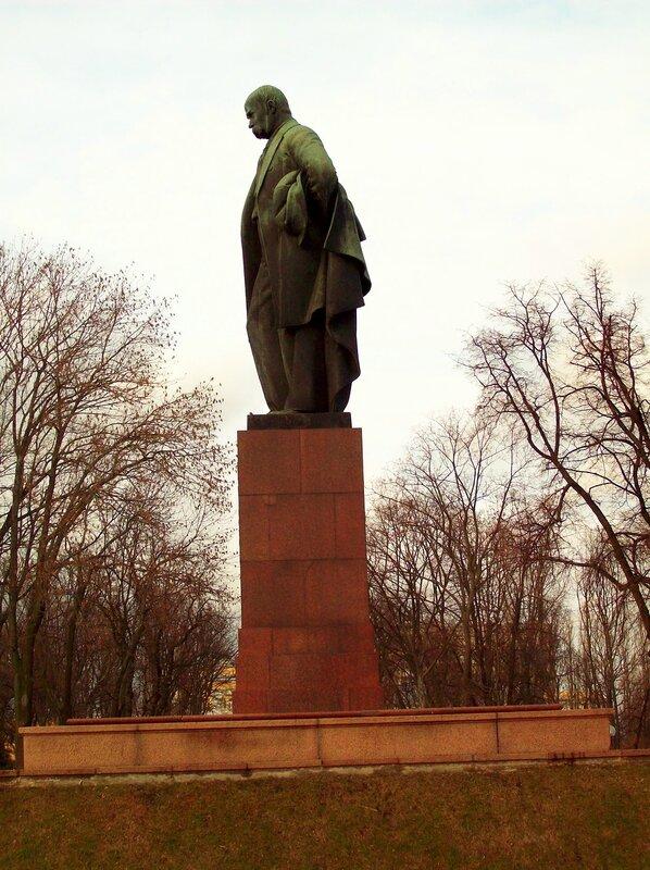 Памятник Шевченко