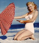 Marilyn Monroe fotky z roku 1948 - obrázek 1