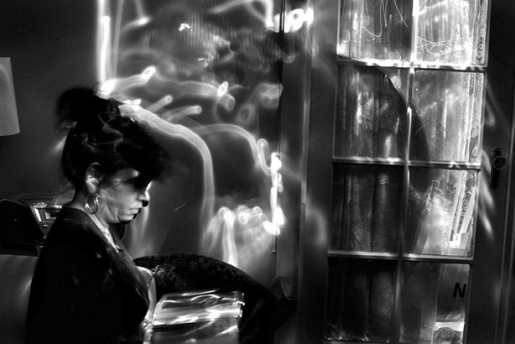 Стивен Эрра— визуальный художник, фотограф ихудожник. Онслеп напротяжении многих лет вследствие