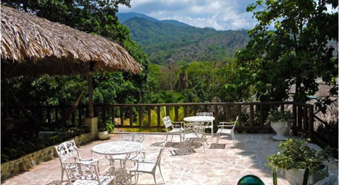11. Eco Hostal Yuluka, El Zaino, Колумбия В эко-хостеле можно расслабиться в саду с открытым бассейн