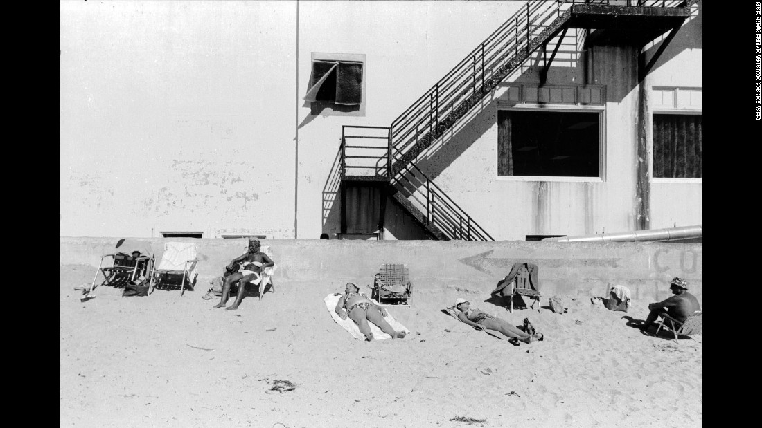 Люди на пляже парка Люммус, 1977. «Я даже не могу определить момент, который мне больше всего запомн