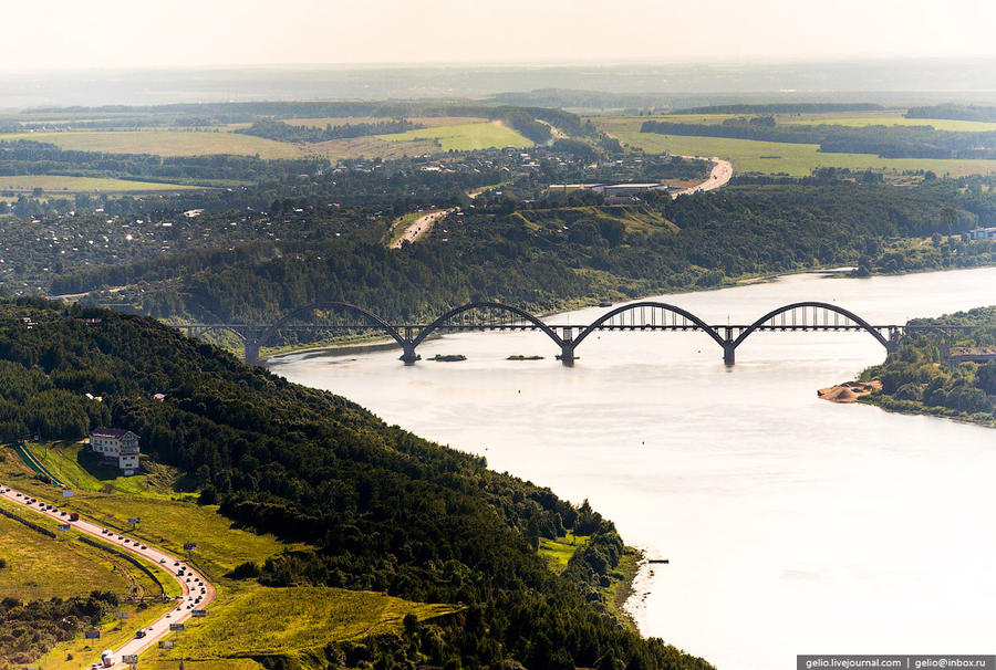 65. Сартаковский железнодорожный мост через реку Оку.