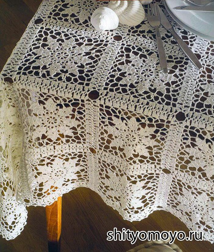 Белая ажурная скатерть