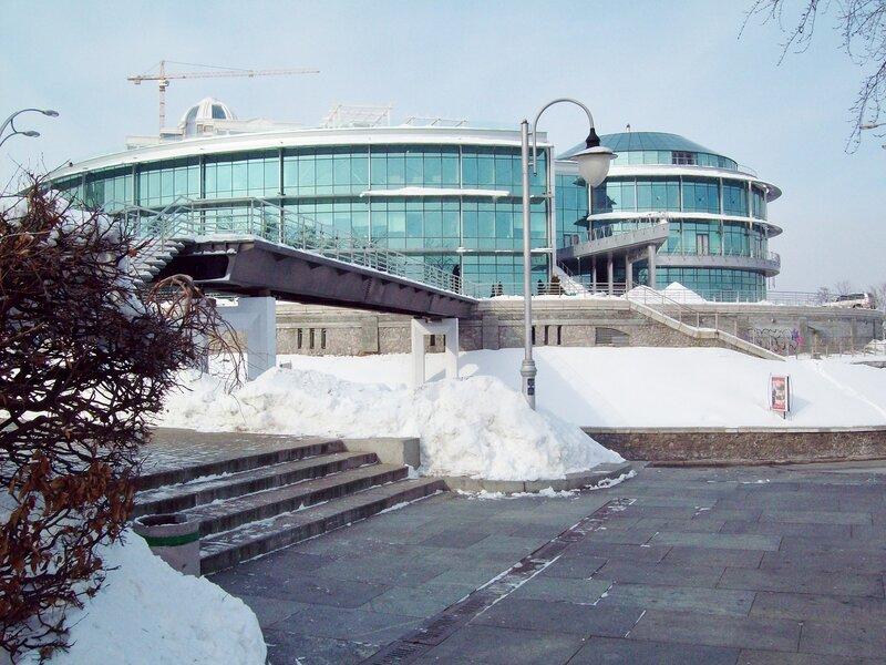 Мостик через ул. Героев Крут