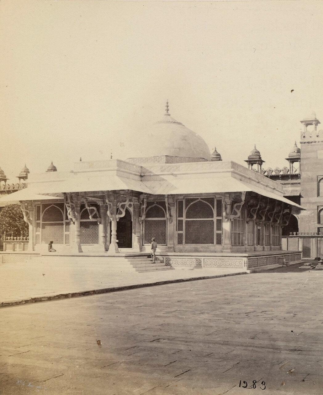 66. Окрестности Акры. Фатехпур-Сикри.  Мавзолей шейха Салима Чишти