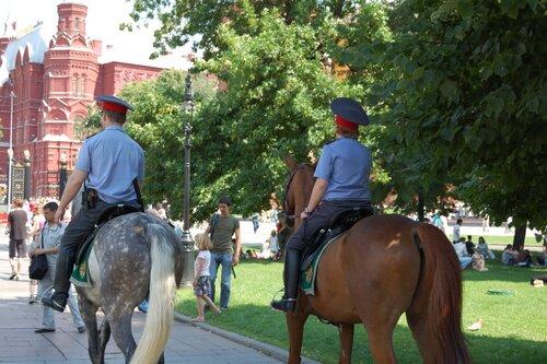 конная милиция :)