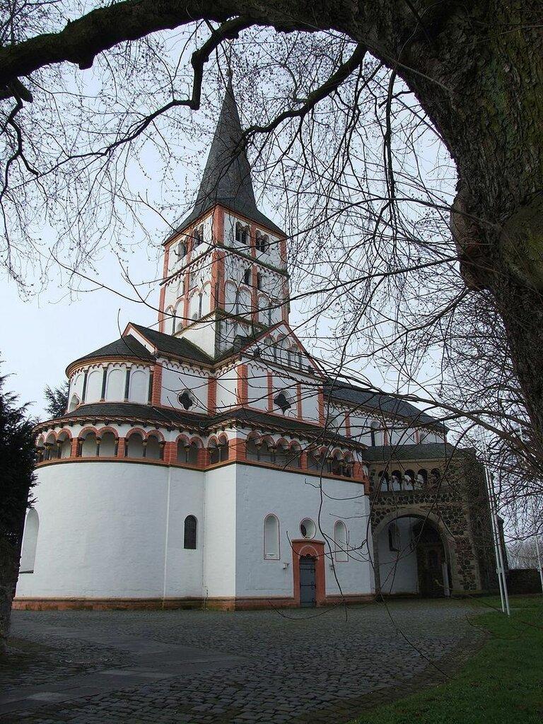 800px-Bonn_Schwarzrheindorf_Doppelkirche.jpg