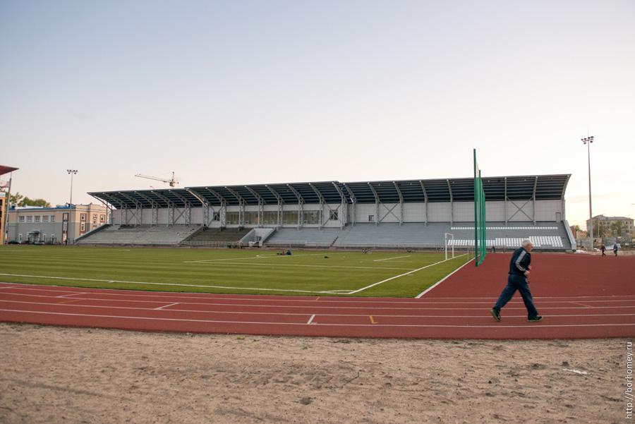 побегать на стадионе в сарове