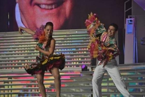 Концерт в честь Мисс Венесуэла 2013 года 0 12c40c 6a700798 orig