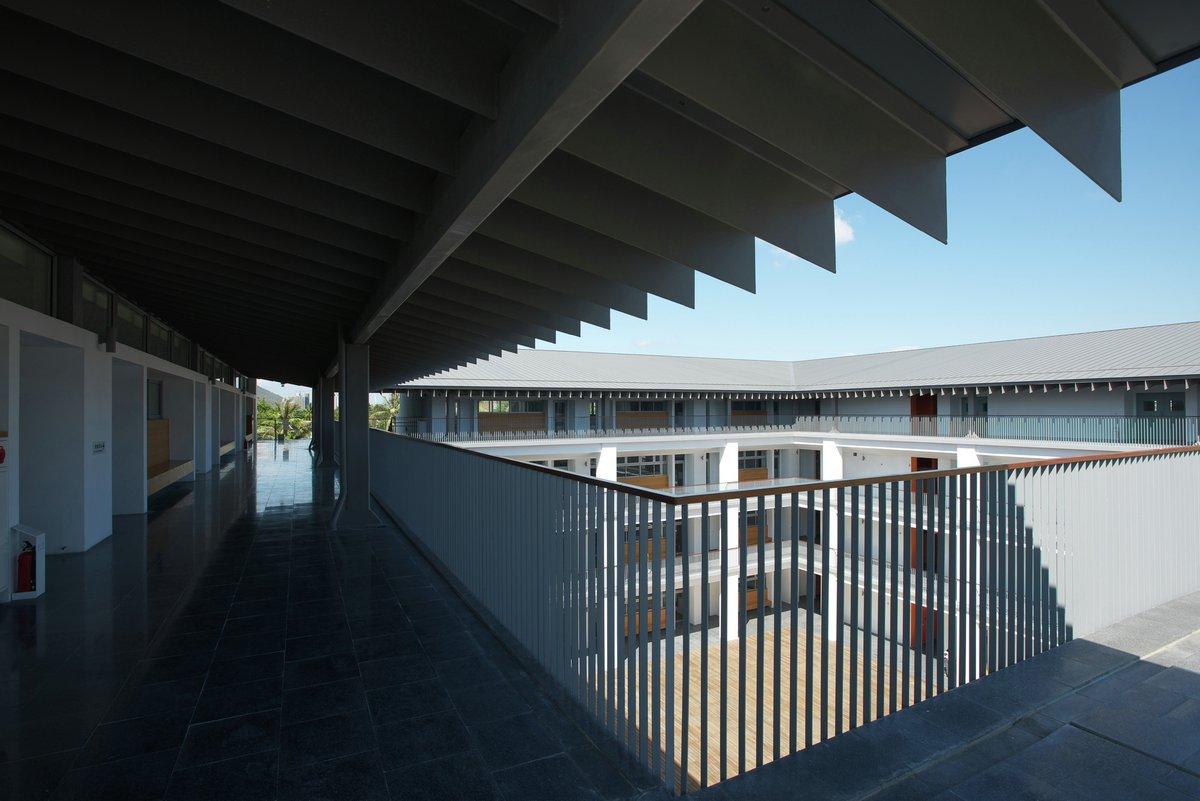 MAYU architects, оформление школы фото, Гаосюн Тайвань, лучшие средние школы, самые красивые школы, фото самой красивой школы