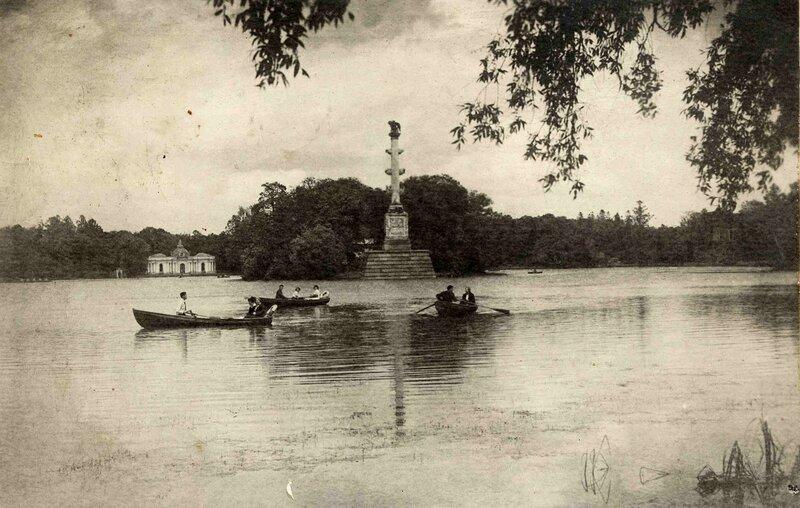 Пушкин. Чесменская колонна. 1938 год