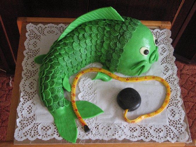 Торт РЫБА из мастики для мужского подарка
