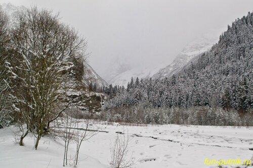 Домбай зимой удивительно красив