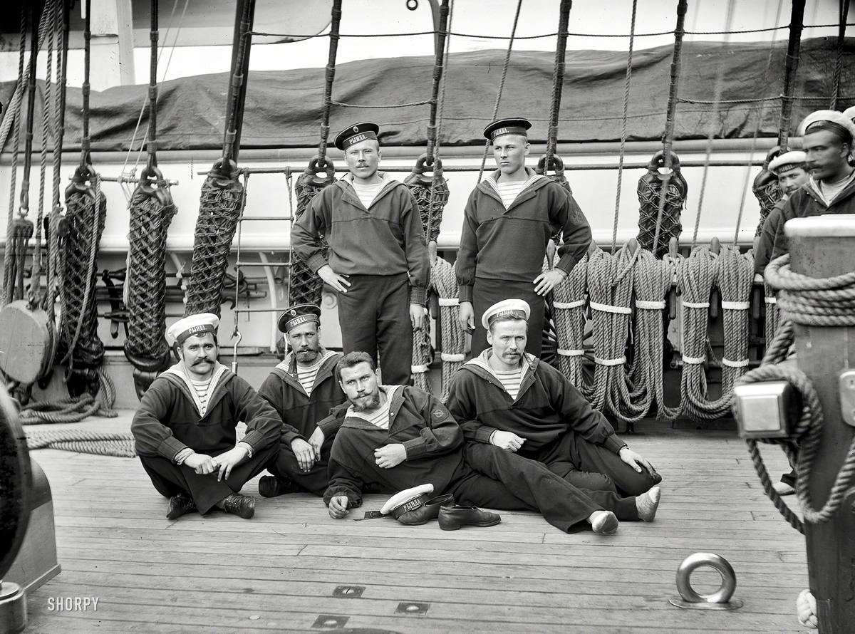Корабли, речные суда и военные моряки на снимках американских фотографов конца 19 века (12)