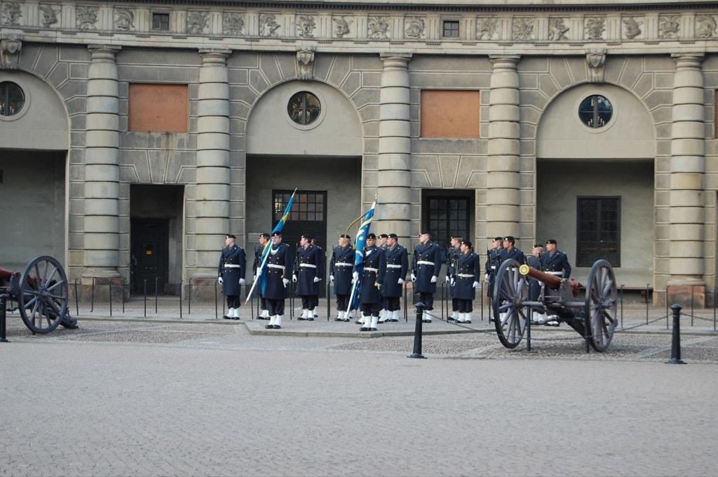 Смена караула королевской гвардии в Стокгольме