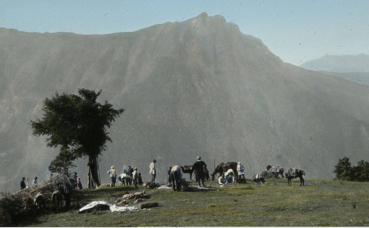 Привал возле села Таврари