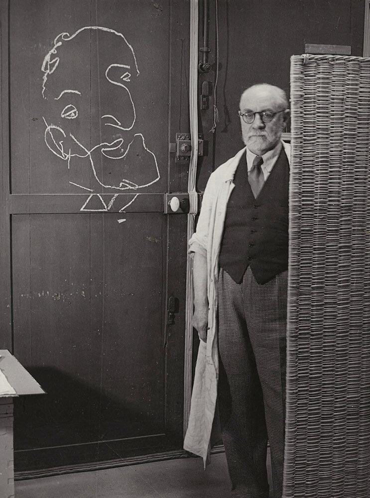 1939. Матисс, нарисовавший лицо на двери
