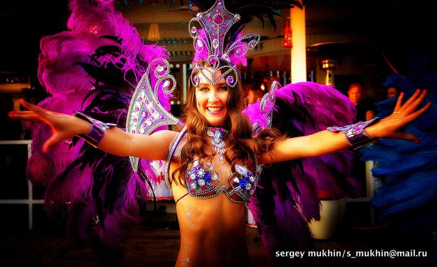 Порно фото танцовщиц самбо с бразилий
