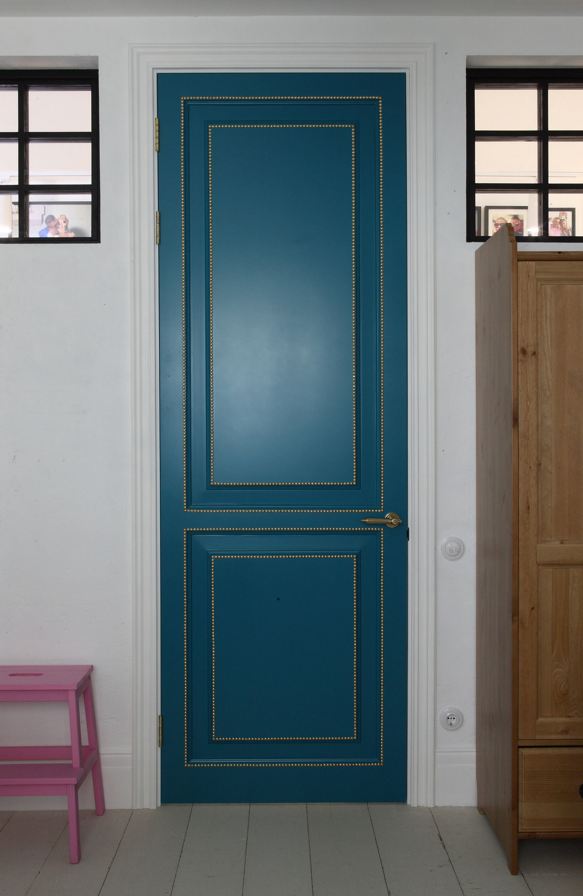 Korneev Design Workshop, красивые квартиры в России, интерьер квартиры Россия, яркий интерьер квартиры фото, обзоры квартир, квартира дизайнера