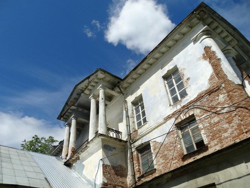 Белый дом в Кыштыме