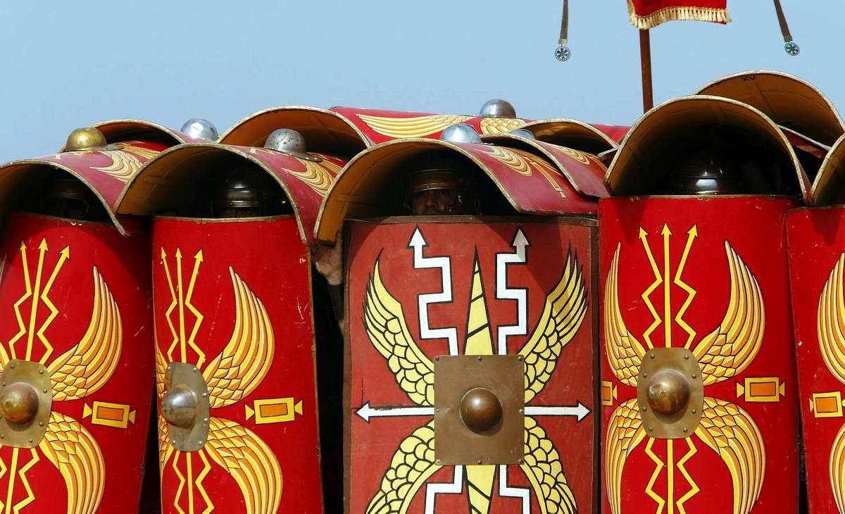 Легионеры армии Древнего Рима: Современный вариант попытки захвата острова Мальта (12)