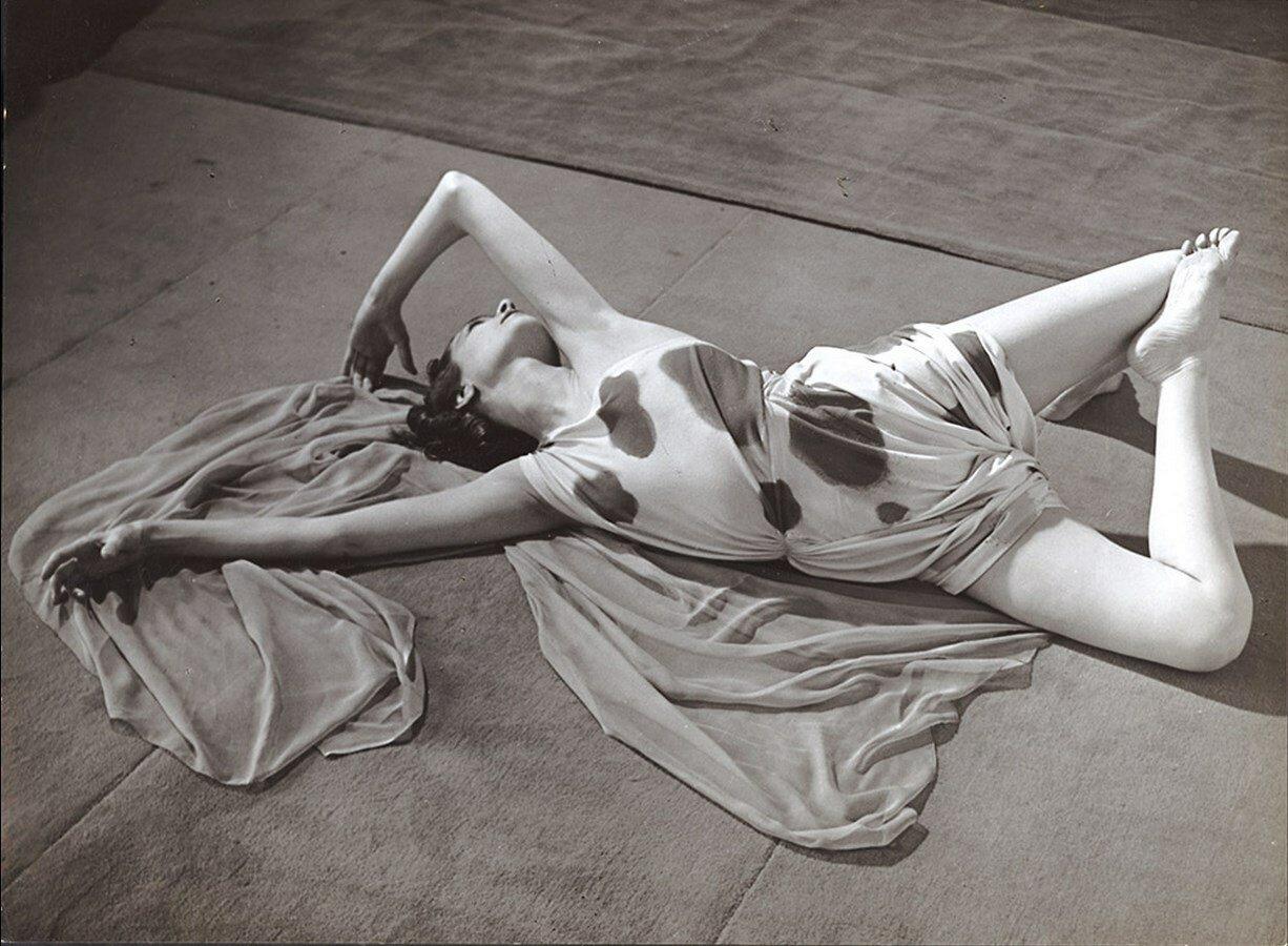 1930. Современная школа изучения танца