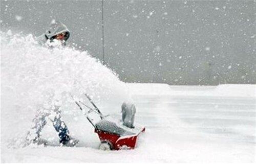 Аномальная погода в мире: снегопады в Иране, шторм в Англии