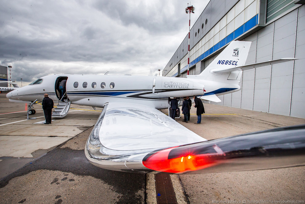 32. Еще один дебютант JetExpo — бизнес-джет суперсреднего класса Bombardier Challenger 350 .